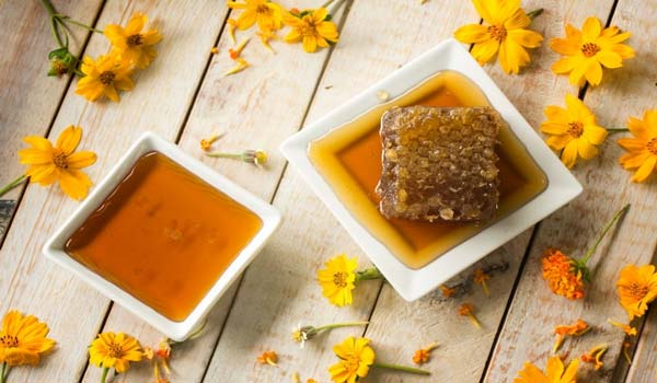 Manuka Honey vs. Raw Honey