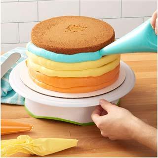 Wilton Trim-N-Turn Ultra Cake
